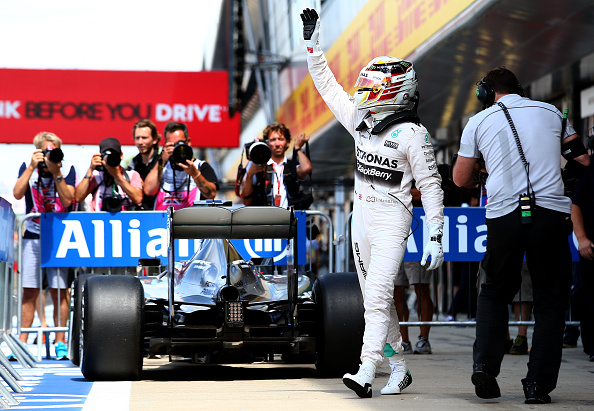 Hamilton-storms-to-Belgian-GP-pole