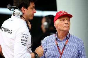 Niki-Lauda-Toto-Wolff-F1-Grand-Prix-Malaysia-BlQSJDON9fsx-750x501